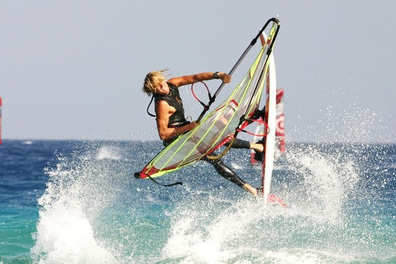 Windsurflehrer Christopher Bünger von Südkap Surfing