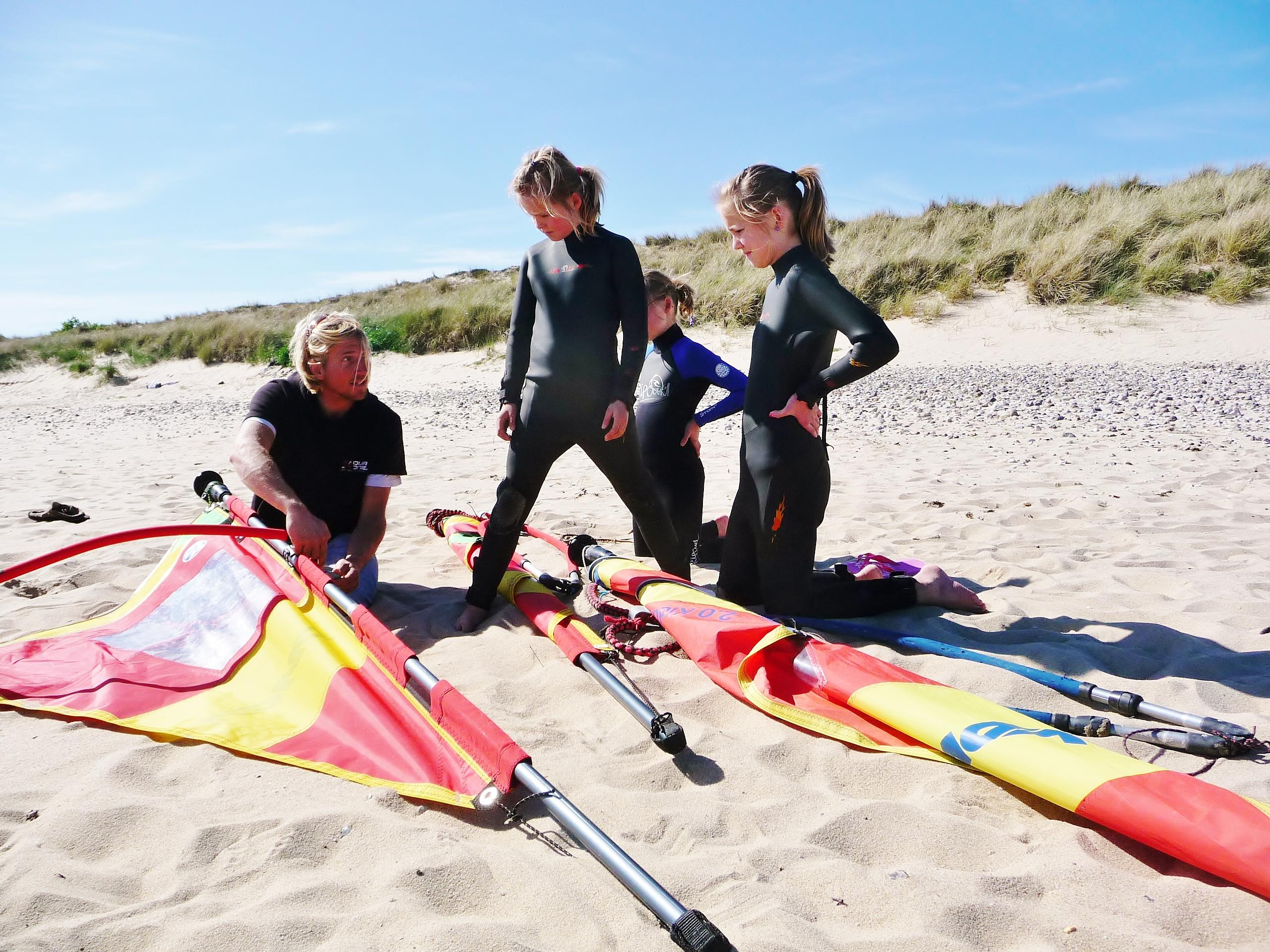Das Wassersportcenter Hoernum von Suedkap Surfing Sylt | Segelschule, Kiteschule, Windsurfschule SUP Schule an der Nordsee