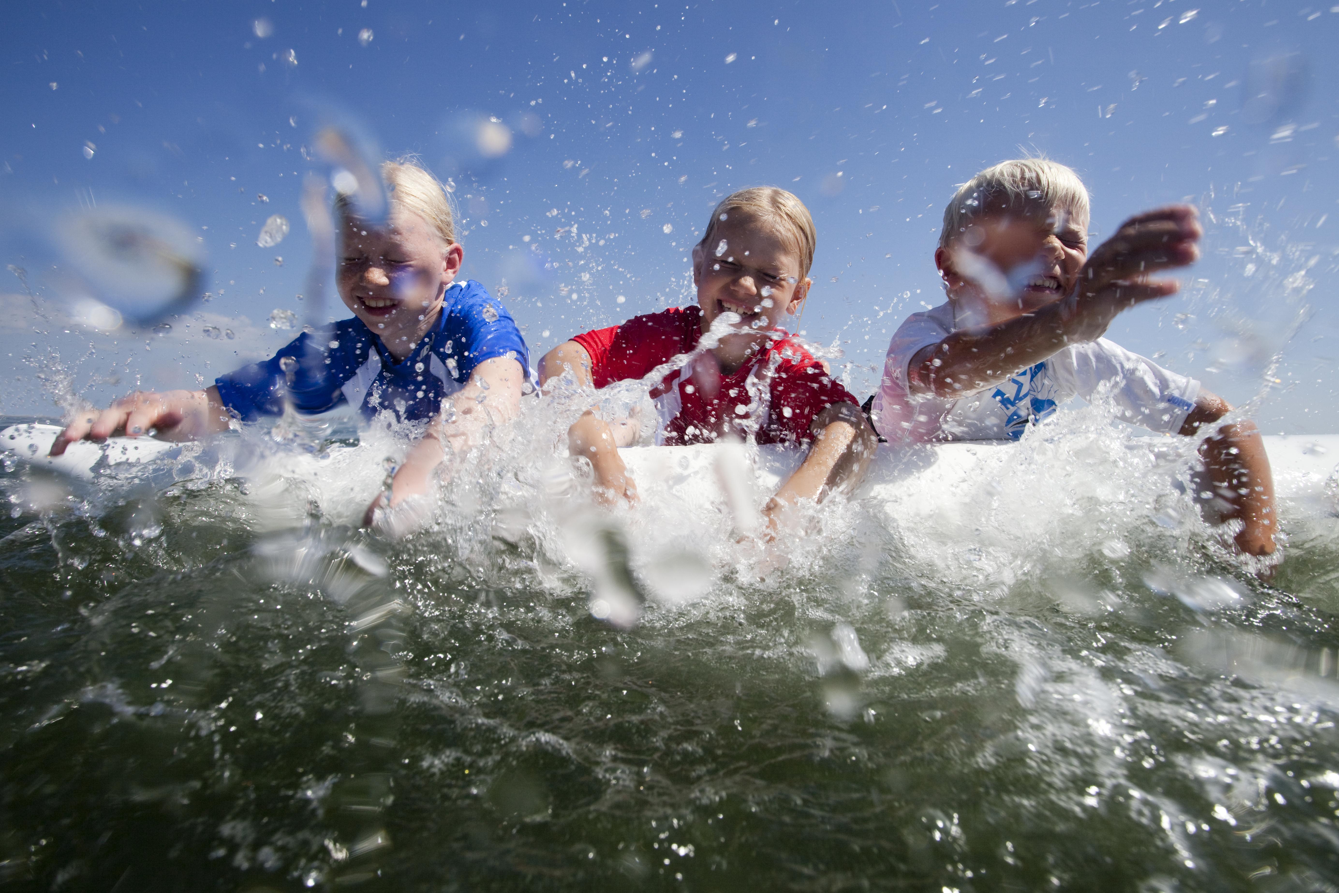 Kinder Surfkurs Wellenreiten