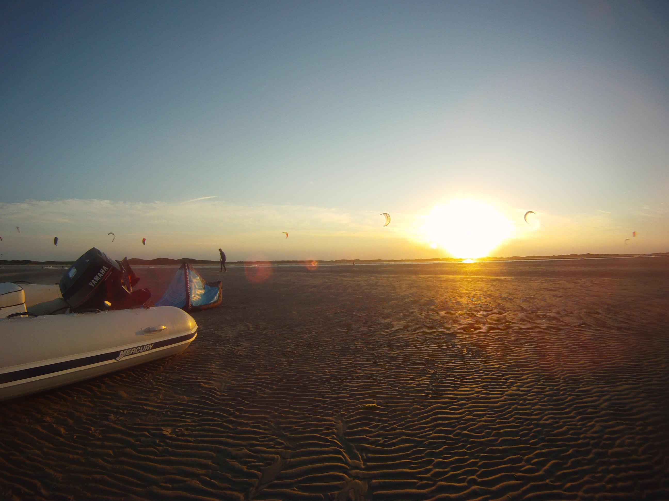 Kiteschule Sylt an der Nordsee Kiten lernen im Kitesurfkurs mit Suedkap Surfing Sylt