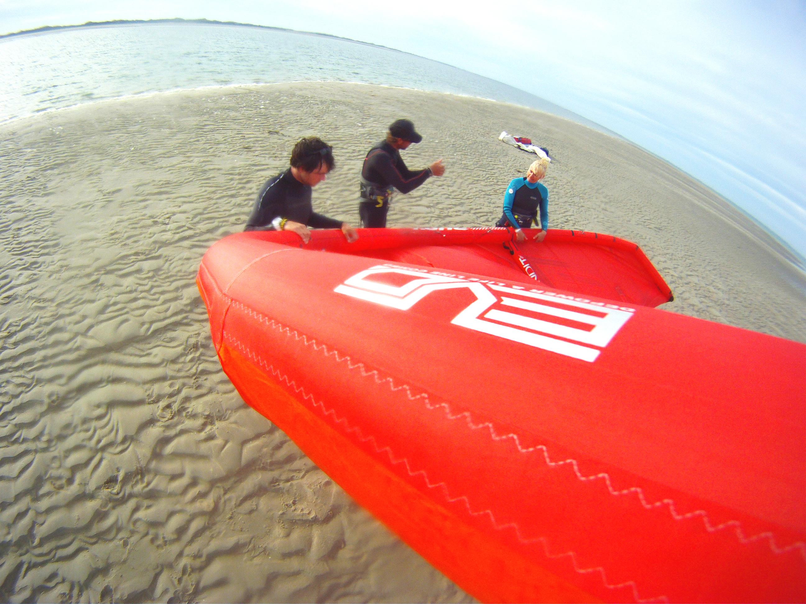Sylt Kiten lernen am Sylt Strand mit der Kite Surfschule Sylt  im Kitekurs Kitesurfen auf Sylt