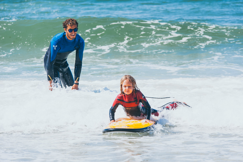 Kinderkurs Wellenreiten